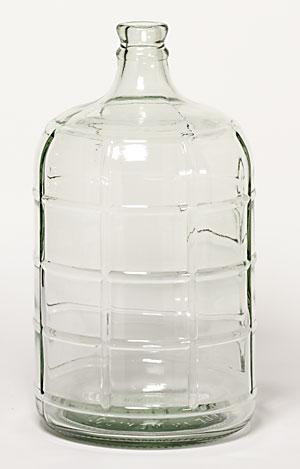 eadd0b734e 4 Gallon Glass Carboy (Actual Ground Shipping)